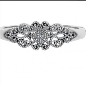Beautiful bracelet by brighton ~ royalty worthy!